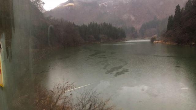 早戸駅出発後に見える第三只見川橋梁