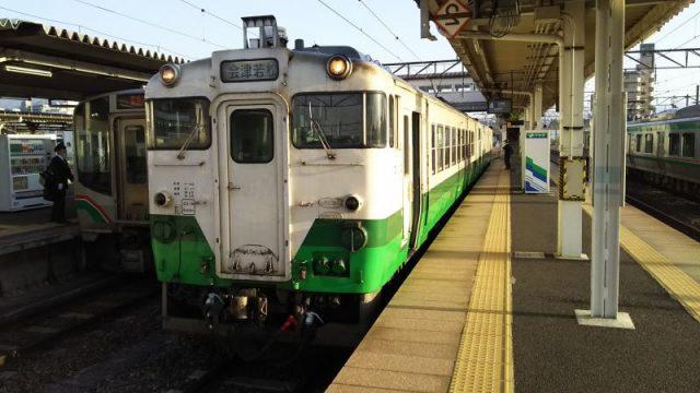 会津若松駅に停車中の只見線