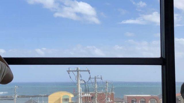 水戸行きの常磐線の車窓