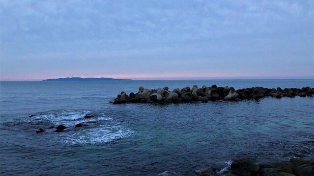 桑川駅前の海岸