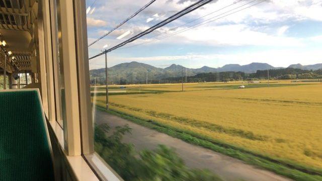 赤渕駅を過ぎた後の車窓