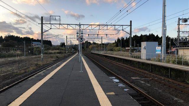 蟹田駅のホーム
