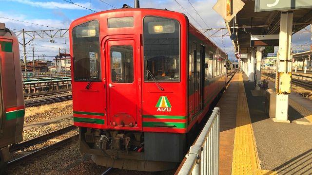 会津若松駅に停車中の会津鉄道