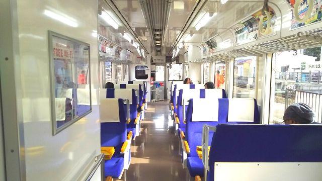 会津鉄道AT-550形の車内