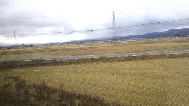 磐越西線の車窓から見える田園風景