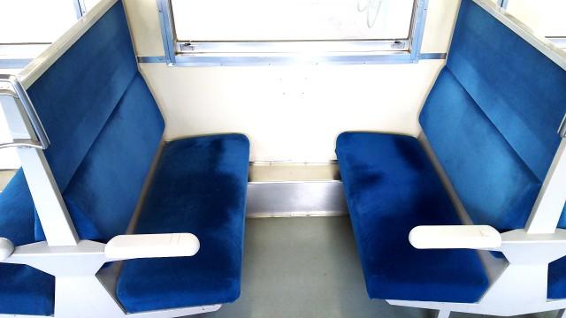 磐越西線キハ40のボックスシート