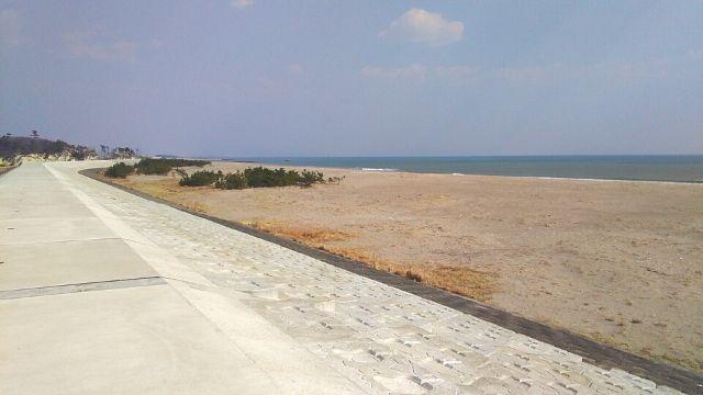 野蒜海岸の防波堤
