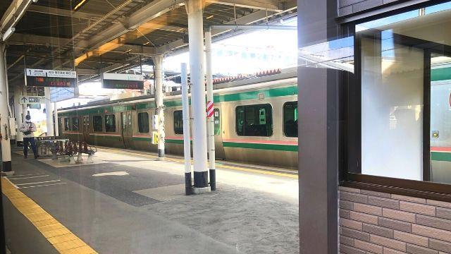 小牛田駅に到着したリゾートみのり