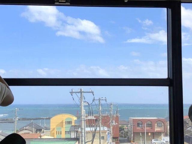 常磐線の車窓から見える太平洋