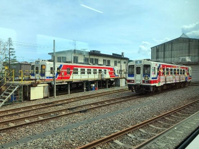 久慈駅の留置線に停車中の三陸鉄道リアス線