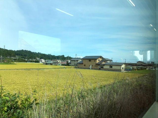 久慈駅を出発した三陸鉄道リアス線