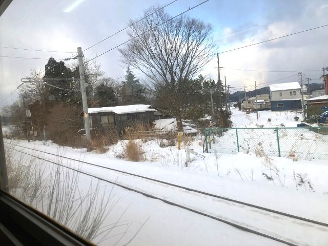 奥羽本線と分岐する秋田内陸線