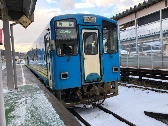 角館駅に到着した秋田内陸線