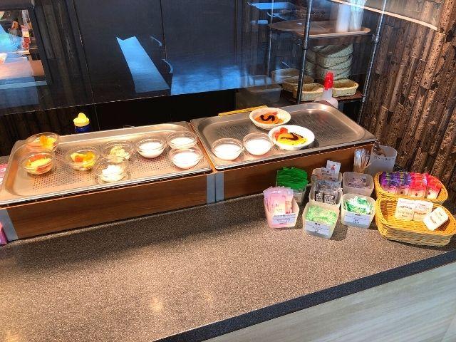 天然温泉 青葉の湯 ドーミーイン仙台ANNEXの朝食のデザートコーナー