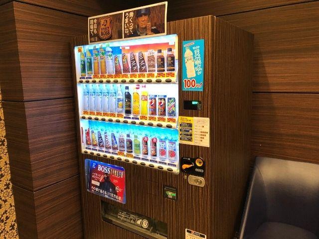天然温泉 青葉の湯 ドーミーイン仙台ANNEXの1階の自動販売機