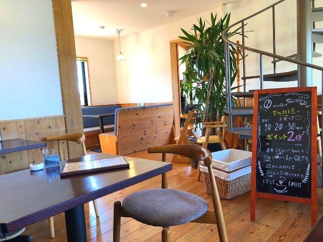 アンカーコーヒー マザーポート店の店内の雰囲気