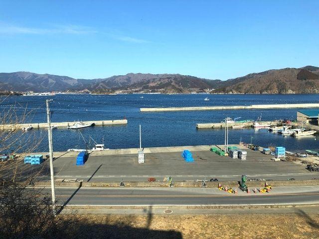 大船渡駅に近づくにつれ漁港のような雰囲気に