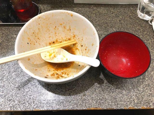 汁なし担々麺とたんたんチーズめしを完食