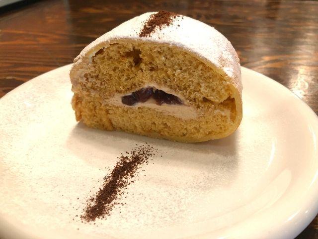 珈琲醤油小豆ロールケーキ