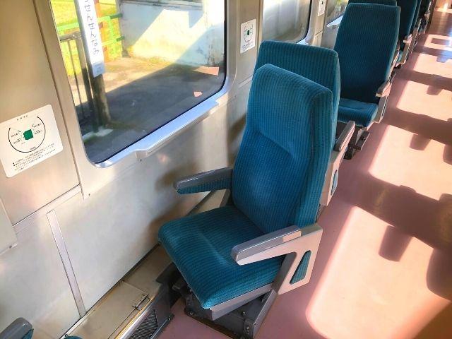 一部のキハ110系は座席を回転できる