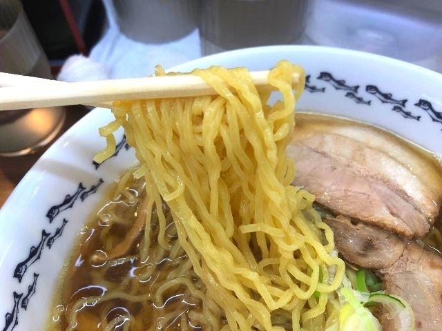八戸らーめんの麺