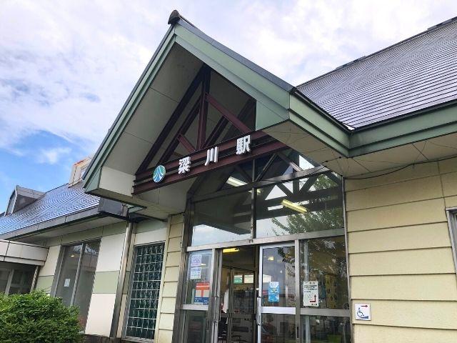 梁川駅の駅舎