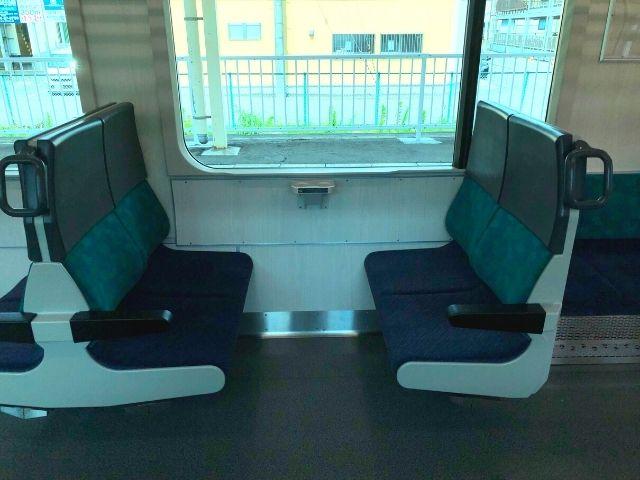 AB900系のボックスシート